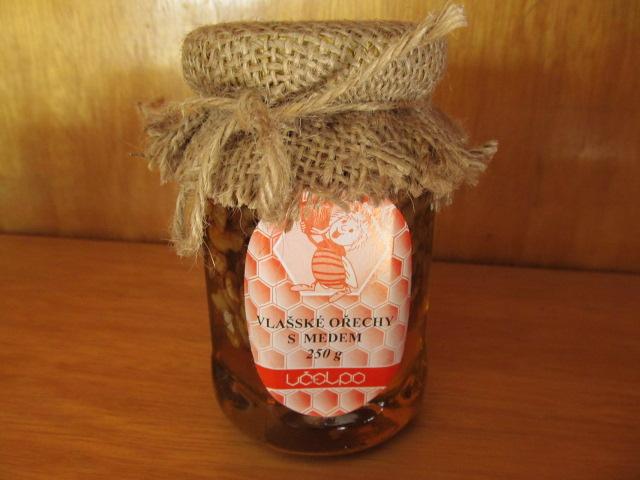 Vlašské ořechy s medem – 250g