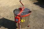 Medomet 4 rámkový tang.230V + ruč. pohon Ø 60cm